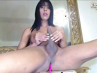 Prexy Latina Shemale Jerks Elsewhere Her Big Blarney Exposed to Cam