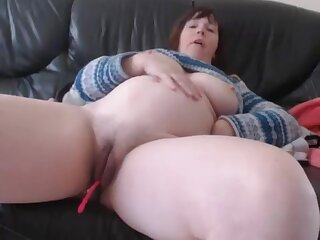 Bbw Huge Heart of hearts Milf Acclimate to Up Pussy Dildoing And Masturbating