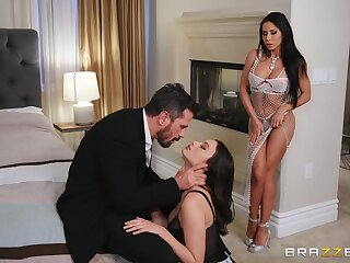 Well turned out brunettes Liv Wild and Madison Ivy plot a mannered perforate