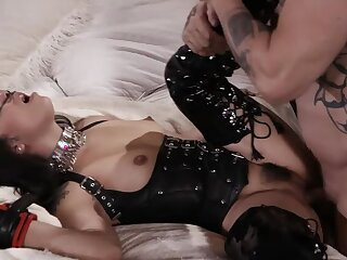 The Leather-clad Latina's BDSM Belabor & Manliness